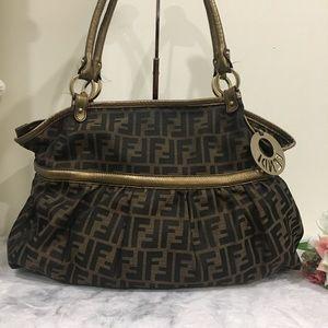 💯 Authentic Fendi Zucca Hobo large shoulder bag